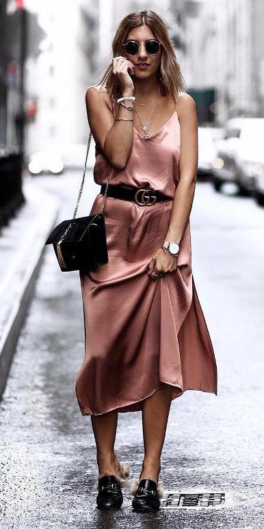 pink-light-dress-slip-belt-black-bag-sun-howtowear-spring-summer-hairr-lunch.jpg