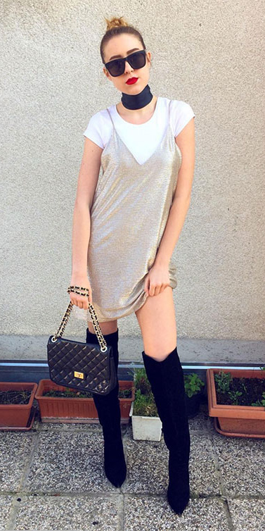 tan-dress-slip-white-tee-choker-sun-bun-black-shoe-boots-black-bag-howtowear-fall-winter-blonde-lunch.jpg