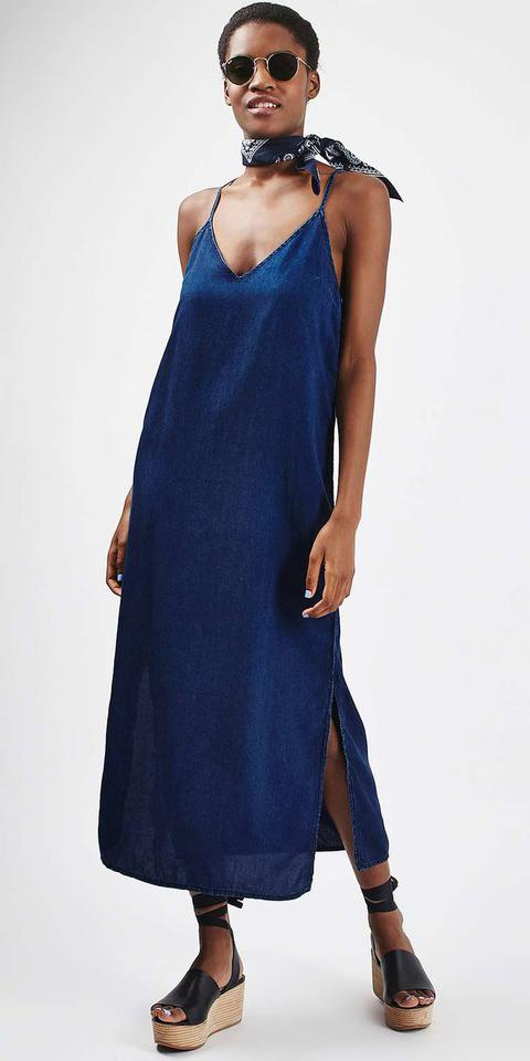 blue-navy-dress-slip-denim-black-scarf-neck-sun-black-shoe-sandalw-howtowear-spring-summer-brun-weekend.jpg