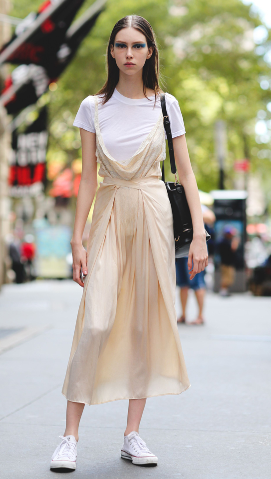 white-dress-white-tee-white-shoe-sneakers-black-bag-howtowear-fashion-style-outfit-spring-summer-slip-hairr-weekend.jpg