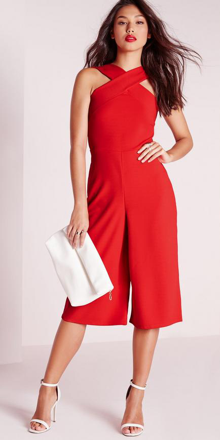 how-to-style-red-jumpsuit-hairr-white-bag-clutch-white-shoe-sandalh-spring-summer-fashion-dinner.jpg