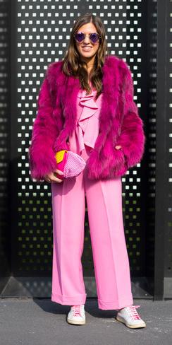 pink-light-jumpsuit-pink-magenta-jacket-coat-fur-fuzz-white-shoe-sneakers-sun-pink-bag-clutch-howtowear-fall-winter-hairr-lunch.jpg