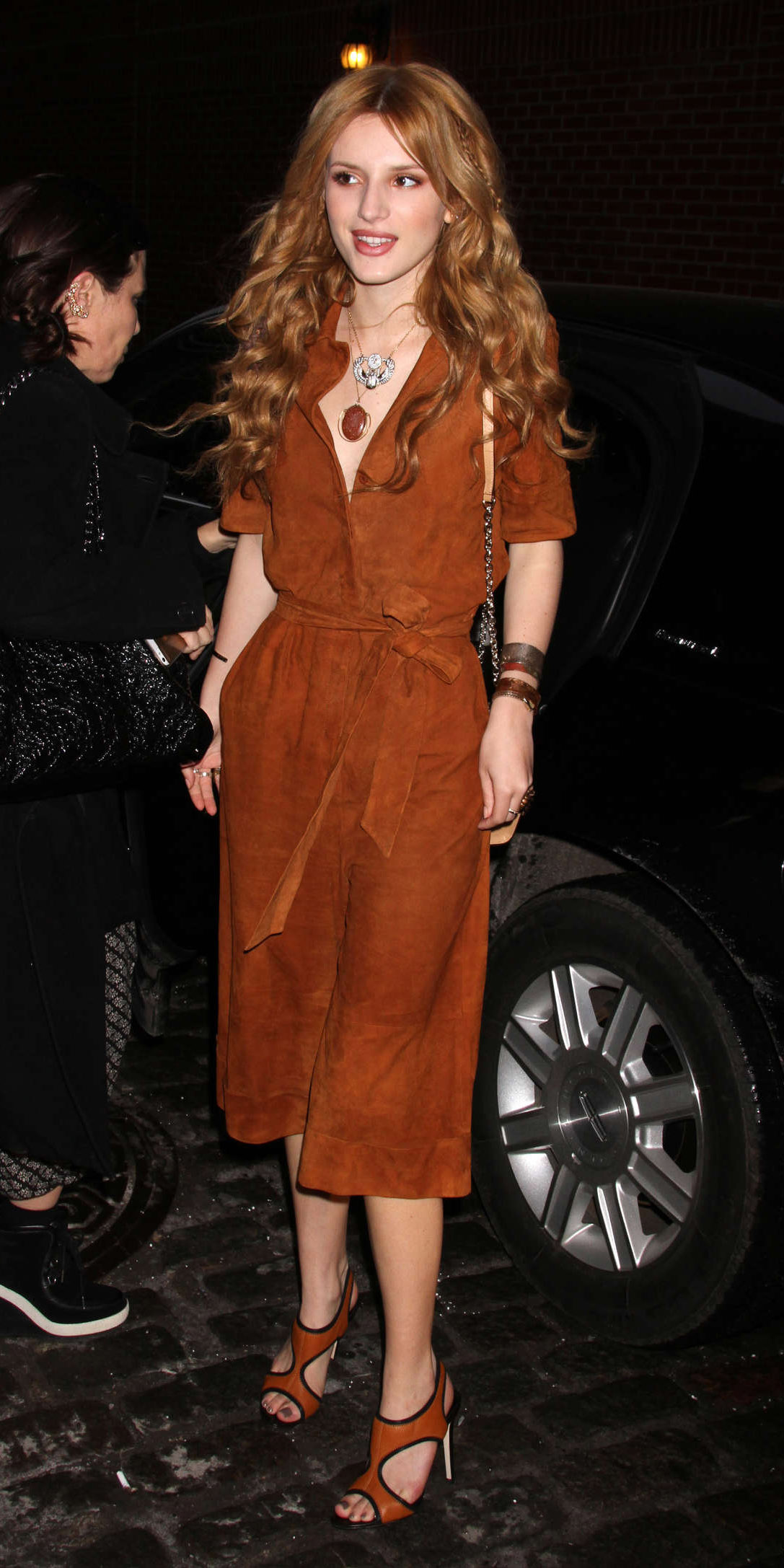 o-camel-jumpsuit-cognac-shoe-sandalh-hairr-necklace-pend-braceletd-fall-winter-wear-fashion-style-bellathorne-celebrity-dinner.jpg