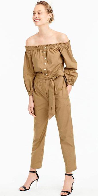 camel-jumpsuit-black-shoe-sandalh-bun-howtowear-spring-summer-blonde-lunch.jpg