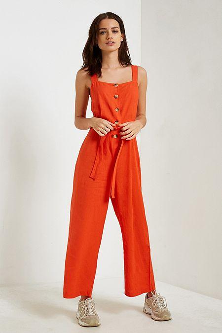 orange-jumpsuit-tan-shoe-sneakers-spring-summer-weekend.jpg