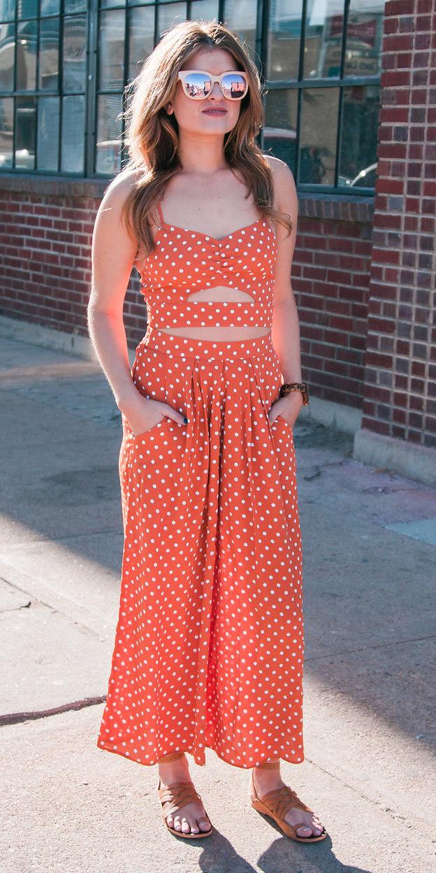 orange-jumpsuit-dot-print-cognac-shoe-sandals-hairr-sun-spring-summer-weekend.jpg