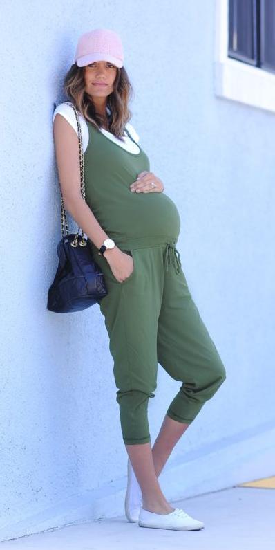 green-olive-jumpsuit-white-tee-hat-cap-black-bag-white-shoe-sneakers-maternity-howtowear-spring-summer-hairr-weekend.jpg