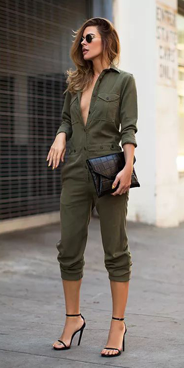 green-olive-jumpsuit-black-bag-clutch-black-shoe-sandalh-howtowear-spring-summer-hairr-dinner.jpg