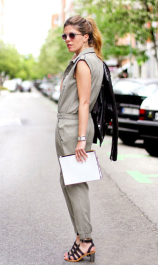 green-olive-jumpsuit-black-shoe-sandalh-sun-pony-hairr-spring-summer-wear-fashion-style-army-lunch.jpg