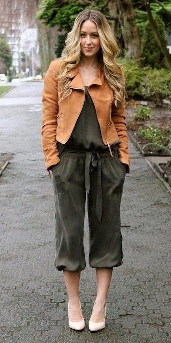 green-olive-jumpsuit-camel-jacket-moto-white-shoe-pumps-howtowear-fall-winter-blonde-lunch.jpg