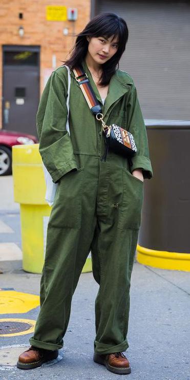 green-olive-jumpsuit-cognac-bag-cognac-shoe-booties-utility-brun-fall-winter-weekend.jpg
