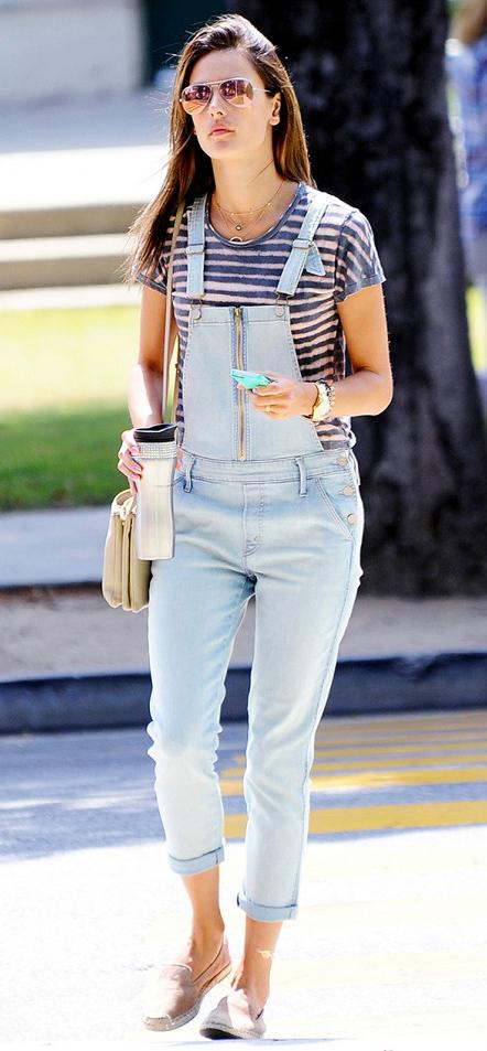 blue-light-jumpsuit-blue-med-tee-stripe-overalls-denim-tan-shoe-flats-tan-bag-sun-howtowear-fashion-style-outfit-spring-summer-brun-weekend.jpg
