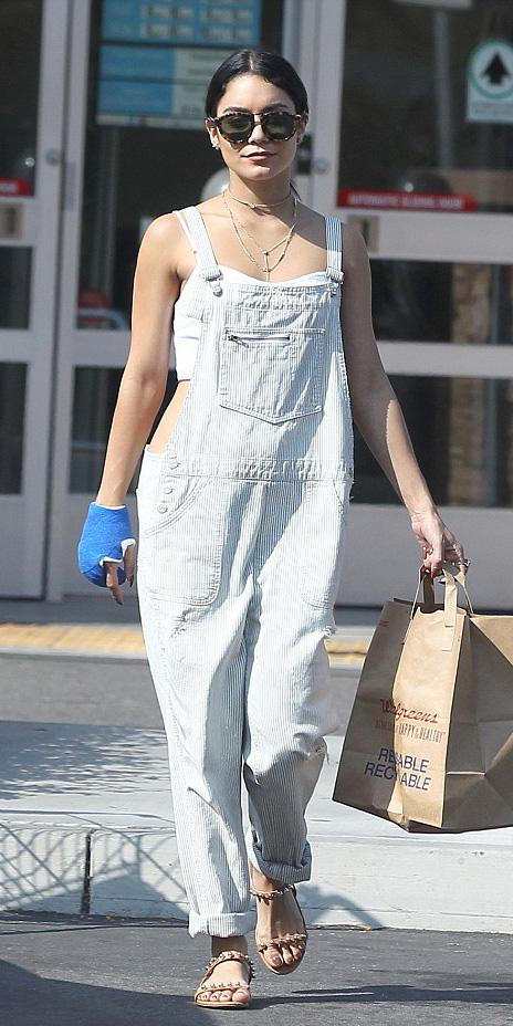 blue-light-jumpsuit-overalls-white-crop-top-sun-brun-spring-summer-vanessahudgens-weekend.jpg