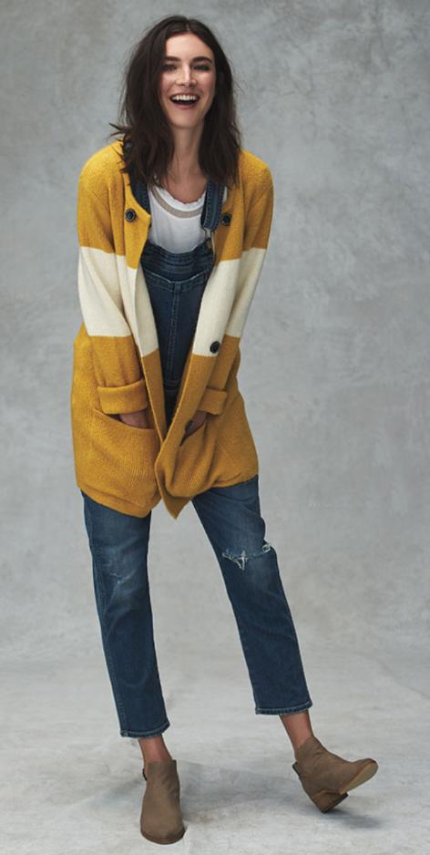 blue-med-jumpsuit-white-top-yellow-cardiganl-tan-shoe-booties-brun-fall-winter-wear-fashion-style-denim-jean-overalls-anthropologie-weekend.jpg