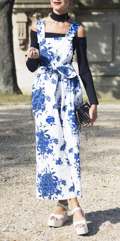 white-jumpsuit-floral-print-black-top-offshouler-white-shoe-sandalw-howtowear-spring-summer-lunch.jpg