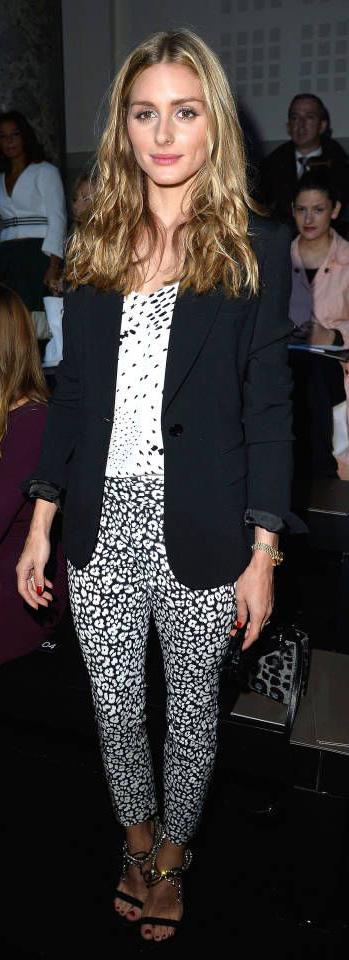 white-jumpsuit-black-jacket-blazer-black-shoe-sandalh-hairr-playsuit-howtowear-fashion-style-spring-summer-print-oliviapalermo-celebrity-street-outfit-work.jpg