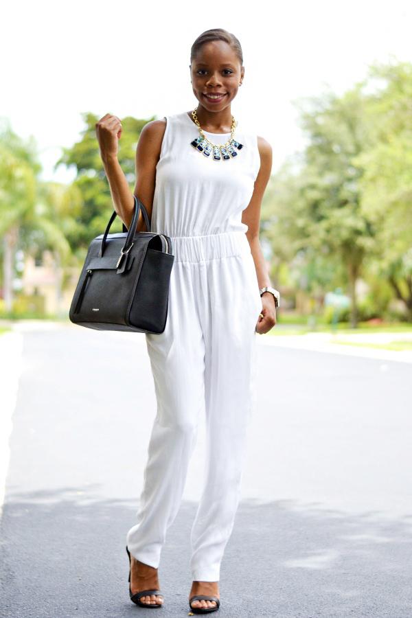 white-jumpsuit-black-shoe-sandalh-black-bag-bun-brun-playsuit-howtowear-fashion-style-spring-summer-bib-necklace-work.JPG