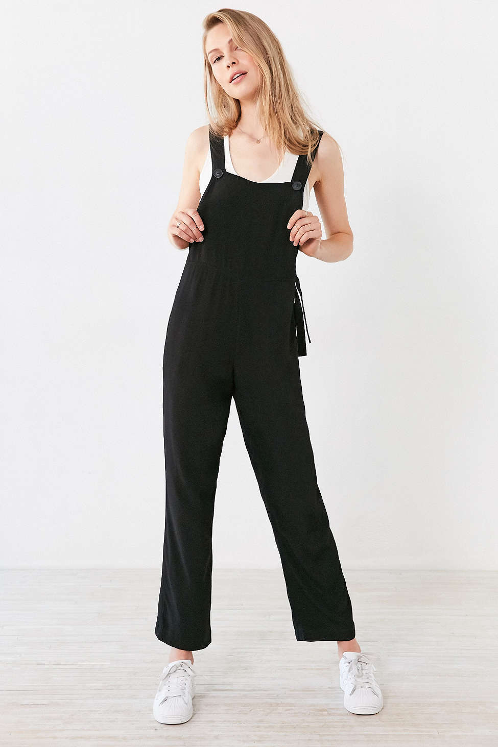 black-jumpsuit-white-top-tank-white-shoe-sneakers-blonde-spring-summer-wear-fashion-style-overalls-weekend.jpg