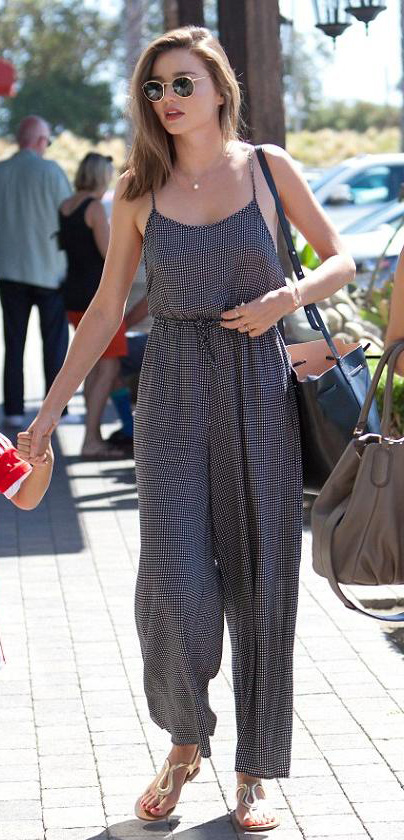 black-jumpsuit-black-bag-sun-brun-gray-shoe-sandals-necklace-spring-summer-wear-fashion-style-mirandakerr-classic-weekend.jpg