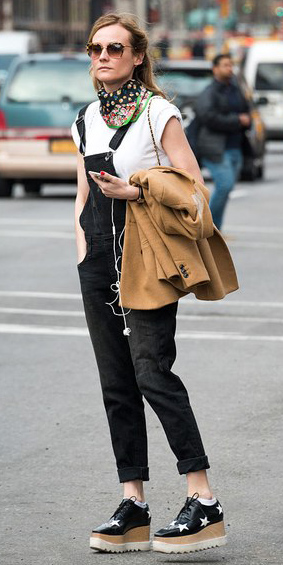 black-jumpsuit-white-tee-green-emerald-scarf-neck-black-shoe-brogues-camel-jacket-coat-overalls-dianekruger-howtowear-fashion-style-outfit-fall-winter-lunch.jpg
