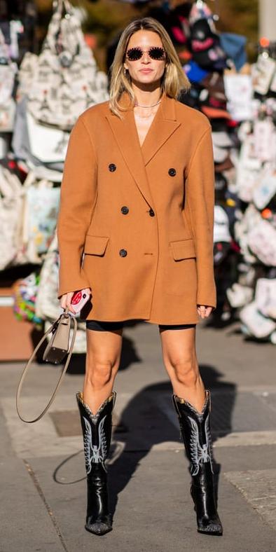 black-shorts-cycling-bike-camel-jacket-blazer-oversized-sun-blonde-tan-bag-black-shoe-boots-cowboy-fall-winter-lunch.jpg