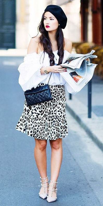 how-to-style-white-aline-skirt-white-top-blouse-offshoulder-brun-beret-hat-black-bag-white-shoe-pumps-fall-winter-fashion-leopard-print-lunch.jpg