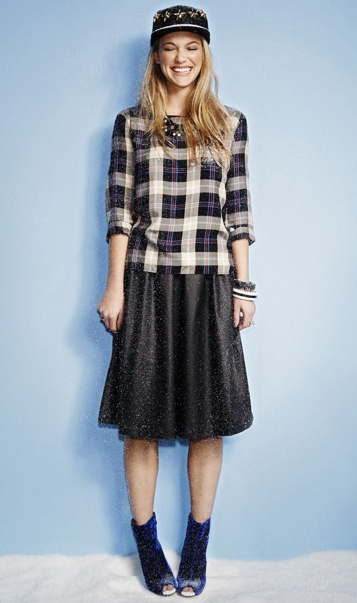 black-aline-skirt-blue-shoe-booties-plaid-print-black-top-blonde-hat-cap-bracelet-fall-winter-holiday-christmas-outfits-lunch.jpg