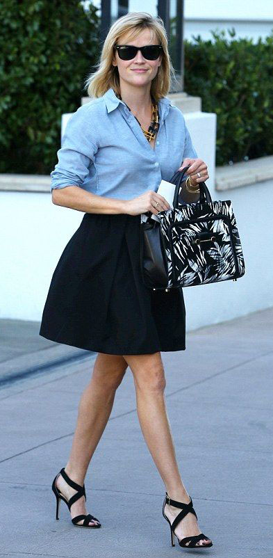black-aline-skirt-blue-light-collared-shirt-sun-black-bag-black-shoe-sandalh-chain-necklace-reesewitherspoon-howtowear-style-spring-summer-blonde-work.jpg