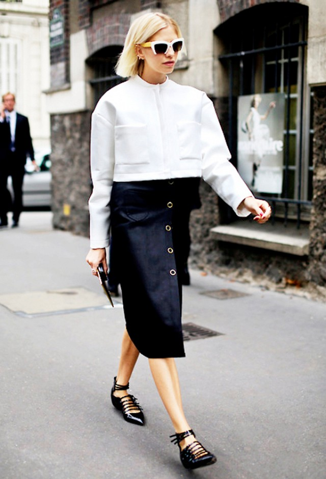 black-aline-skirt-white-jacket-crop-sun-wear-style-fashion-spring-summer-button-strap-black-shoe-flats-blonde-trend-lunch.jpg