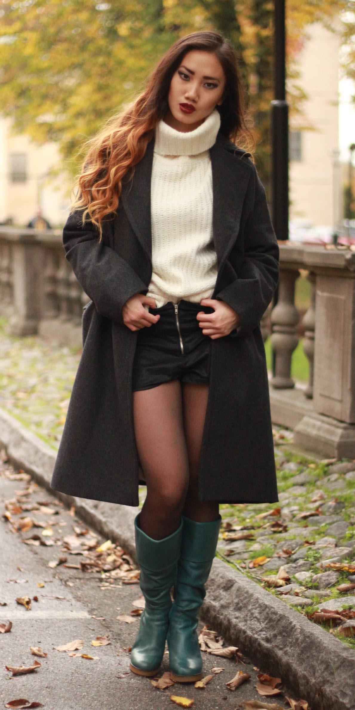 black-shorts-black-tights-white-sweater-turtleneck-green-shoe-boots-black-jacket-coat-fall-winter-hairr-dinner.jpg