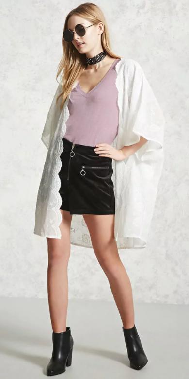 black-shorts-white-cardiganl-kimono-choker-black-shoe-booties-sun-purple-light-tee-fall-winter-blonde-lunch.jpg