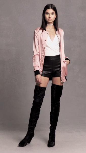black-shorts-white-top-blouse-pink-light-jacket-bomber-black-shoe-boots-overtheknee-forever21-choker-howtowear-fashion-style-outfit-spring-summer-brun-dinner.jpg