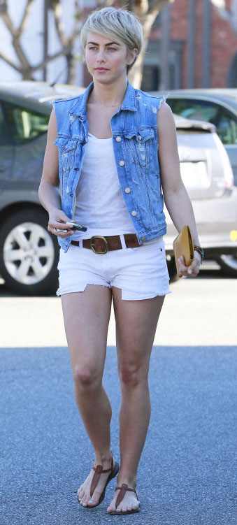 white-shorts-belt-white-top-tank-blue-light-vest-jean-brown-shoe-sandals-juliannehough-blonde-spring-summer-weekend.jpg