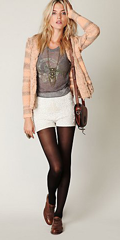 white-shorts-grayl-graphic-tee-peach-cardigan-necklace-pend-brown-bag-brown-tights-brown-shoe-brogues-fall-winter-blonde-weekend.jpg