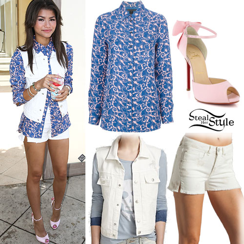 white-shorts-denim-blue-med-collared-shirt-print-brun-pink-shoe-sandalh-white-vest-jean-zendaya-spring-summer-lunch.jpg