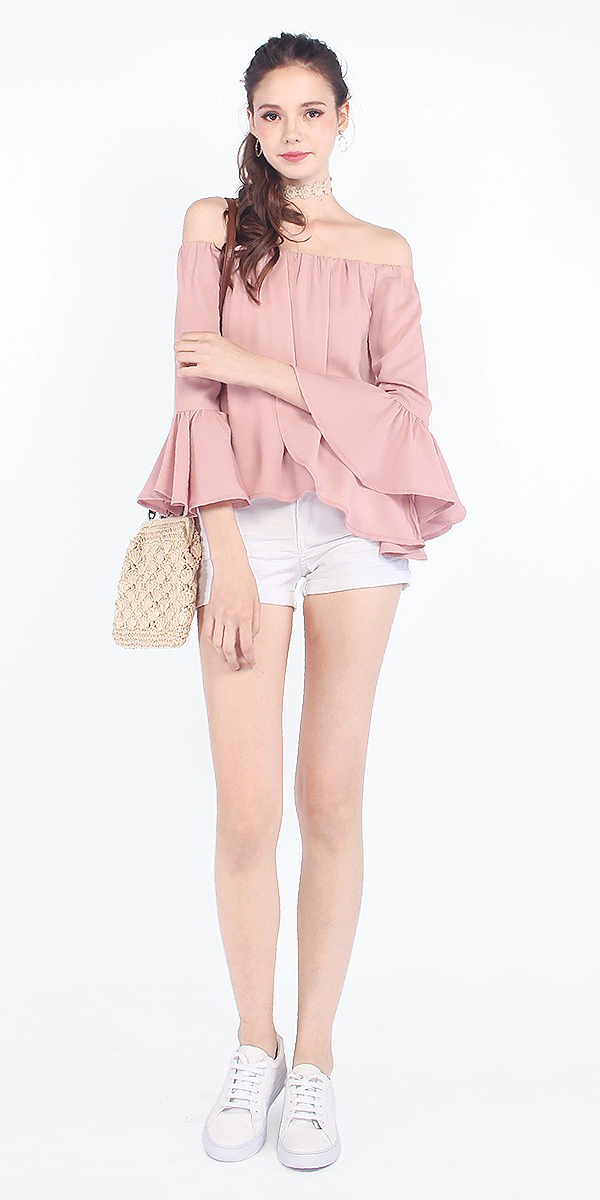 white-shorts-pink-light-top-offshoulder-hairr-pony-choker-tan-bag-white-shoe-sneakers-spring-summer-weekend.jpg
