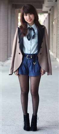 blue-navy-shorts-belt-black-tights-blue-light-collared-shirt-brun-black-shoe-booties-tan-jacket-blazer-fall-winter-lunch.jpg