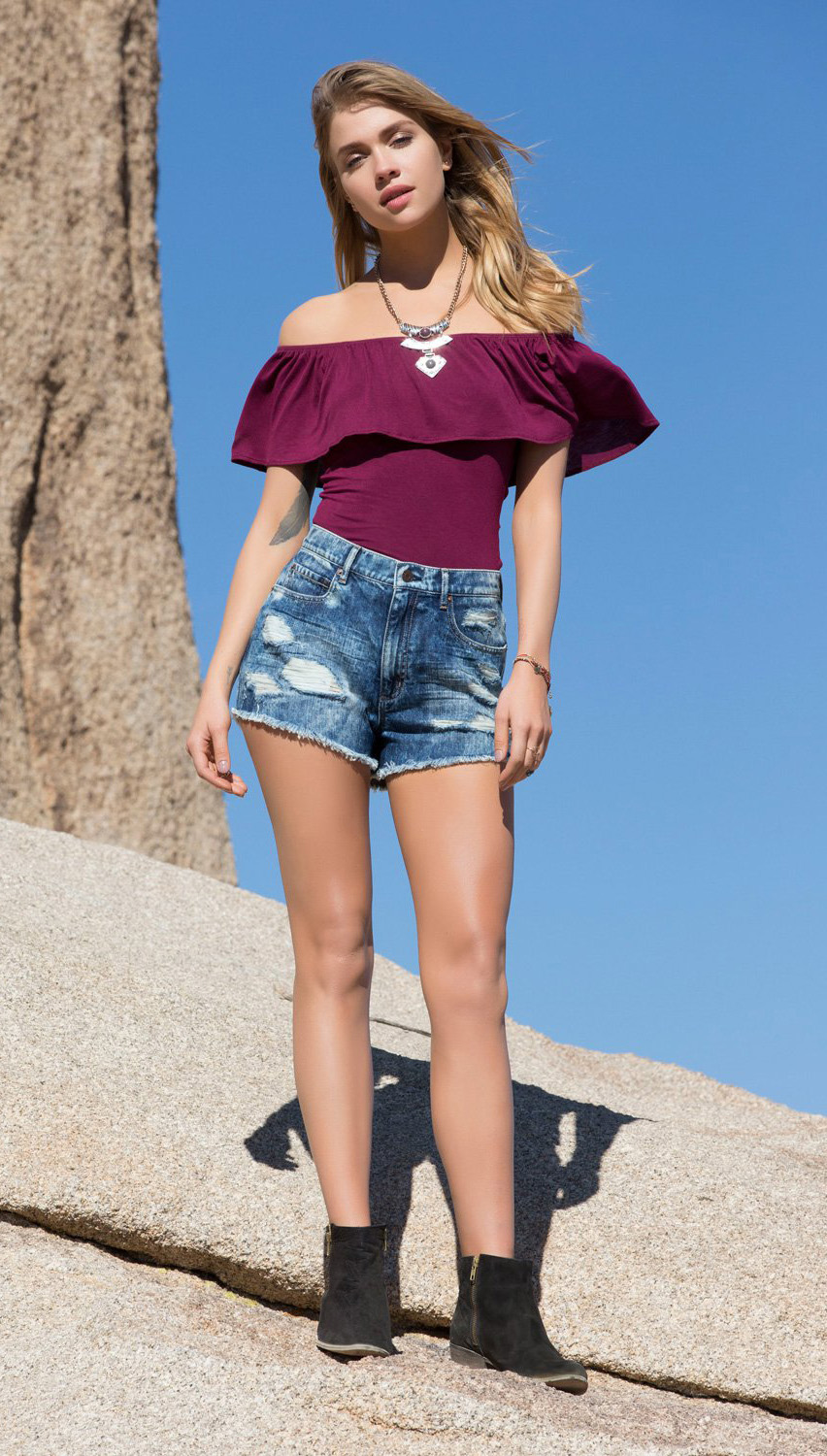 blue-med-shorts-purple-royal-top-offshoulder-denim-necklace-black-shoe-booties-blonde-howtowear-fashion-style-outfit-spring-summer-festival-weekend.jpg