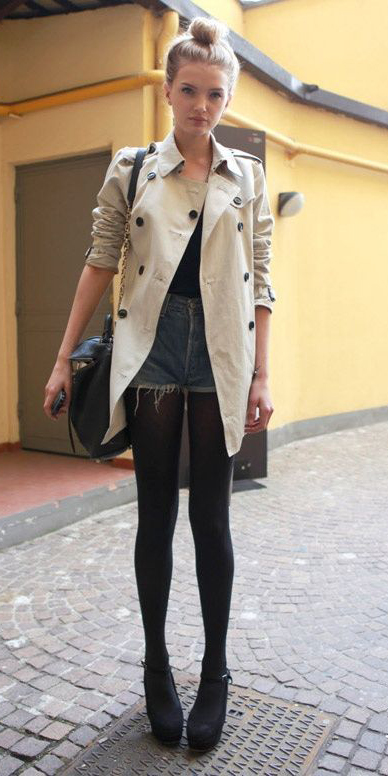 blue-med-shorts-black-bag-black-shoe-pumps-black-tights-bun-blonde-tan-jacket-coat-trench-fall-winter-lunch.jpg