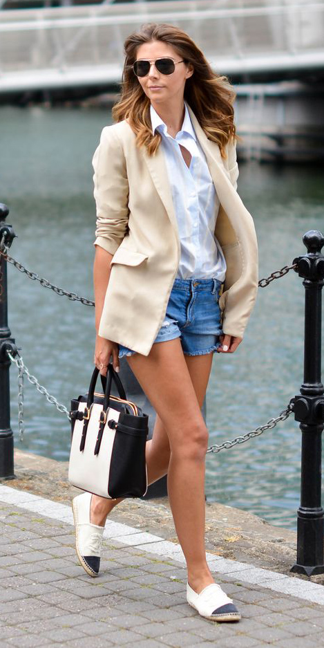 blue-med-shorts-white-collared-shirt-tan-jacket-blazer-white-bag-white-shoe-flats-hairr-sun-spring-summer-weekend.jpg