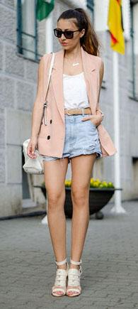 blue-light-shorts-white-cami-belt-peach-vest-tailor-denim-white-shoe-sandalh-white-bag-sun-necklace-pony-howtowear-fashion-style-outfit-spring-summer-hairr-lunch.jpg