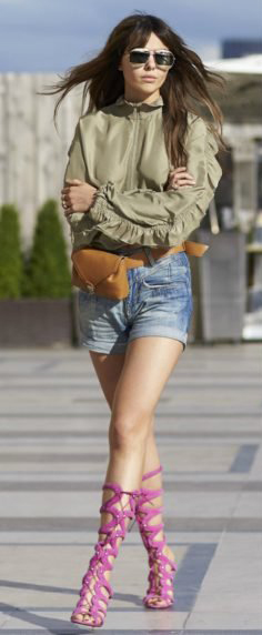 blue-light-shorts-denim-green-olive-top-blouse-peasant-cognac-bag-fannypack-hairr-sun-pink-shoe-sandalh-gladiators-spring-summer-lunch.jpg