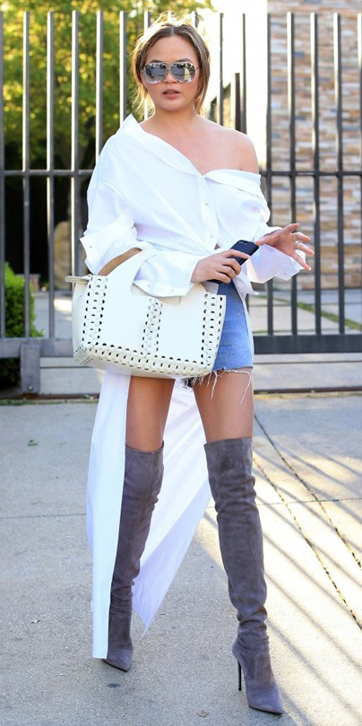 how-to-style-blue-light-shorts-white-collared-shirt-hairr-sun-chrissyteigen-white-bag-gray-shoe-boots-otk-fall-winter-fashion-lunch.jpg
