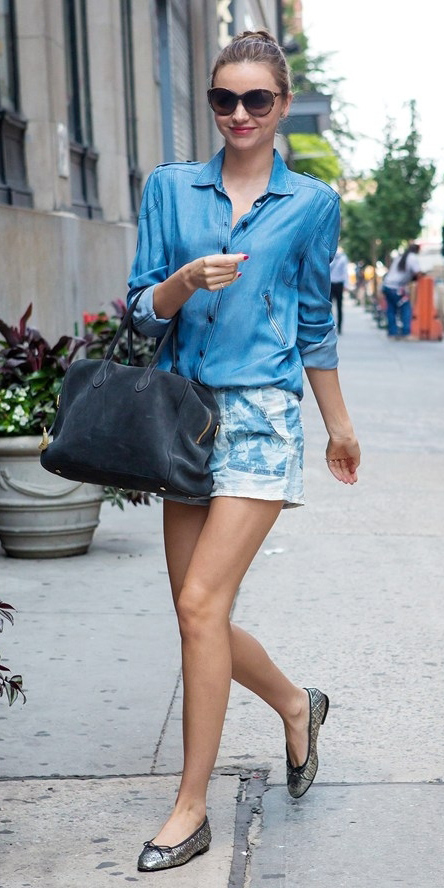 blue-light-shorts-blue-light-collared-shirt-gray-bag-sun-gray-shoe-flats-sun-bun-mirandakerr-howtowear-fashion-style-outfit-spring-summer-denim-classic-lunch.jpg