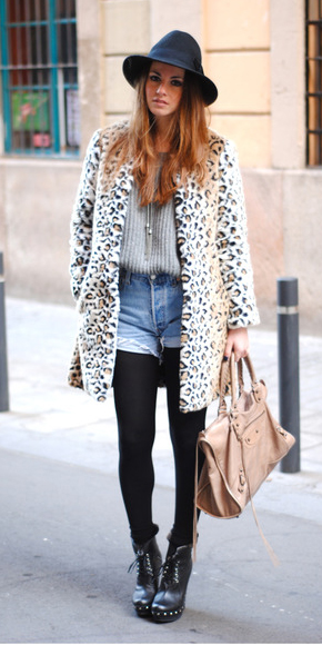 blue-light-shorts-denim-grayl-sweater-tan-bag-black-tights-black-shoe-booties-leopard-print-hat-tan-jacket-coat-fall-winter-hairr-lunch.jpg
