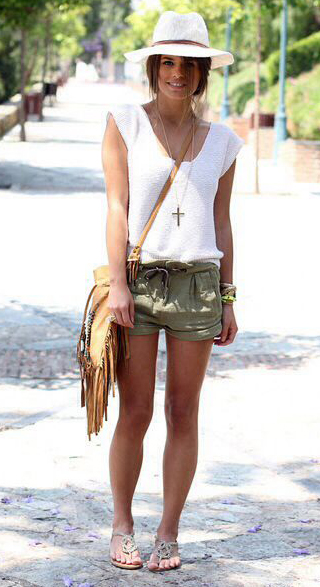 green-olive-shorts-white-tee-necklace-hat-pony-paperbag-tan-bag-fringe-tan-shoe-sandals-howtowear-fashion-style-spring-summer-outfit-hairr-weekend.jpg