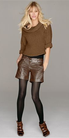 o-brown-shorts-brown-sweater-leather-black-tights-brown-shoe-sandalh-slouchy-howtowear-fashion-style-outfit-fall-winter-blonde-dinner.jpg