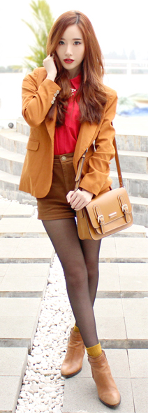 camel-shorts-corduroy-red-collared-shirt-camel-jacket-blazer-brown-tights-socks-tan-bag-tan-shoe-booties-fall-winter-hairr-lunch.jpg