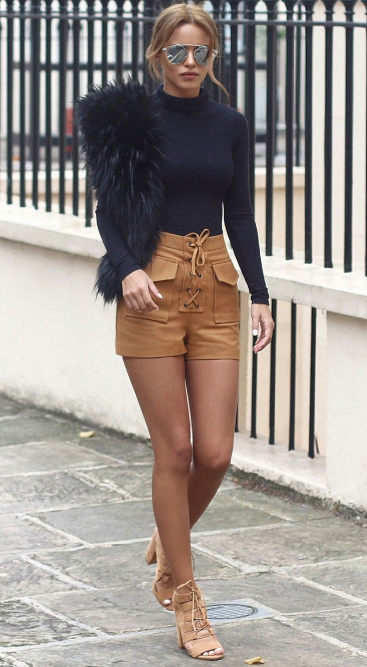 o-camel-shorts-black-sweater-turtleneck-sun-pony-black-scarf-stole-fur-tan-shoe-sandalh-cargo-howtowear-fashion-style-outfit-hairr-spring-summer-lunch.jpg