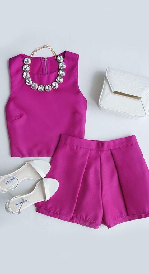 pink-magenta-shorts-matchset-white-bag-necklace-white-shoe-sandalh-pink-magenta-crop-top-spring-summer-dinner.jpg
